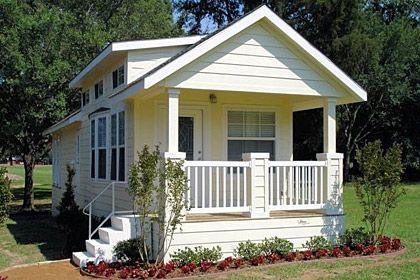 notsobighousemall-modular-homes-small-prefab-homes